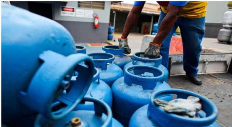 Estoque de gás de cozinha acaba, em João Pessoa, Capital da Paraíba