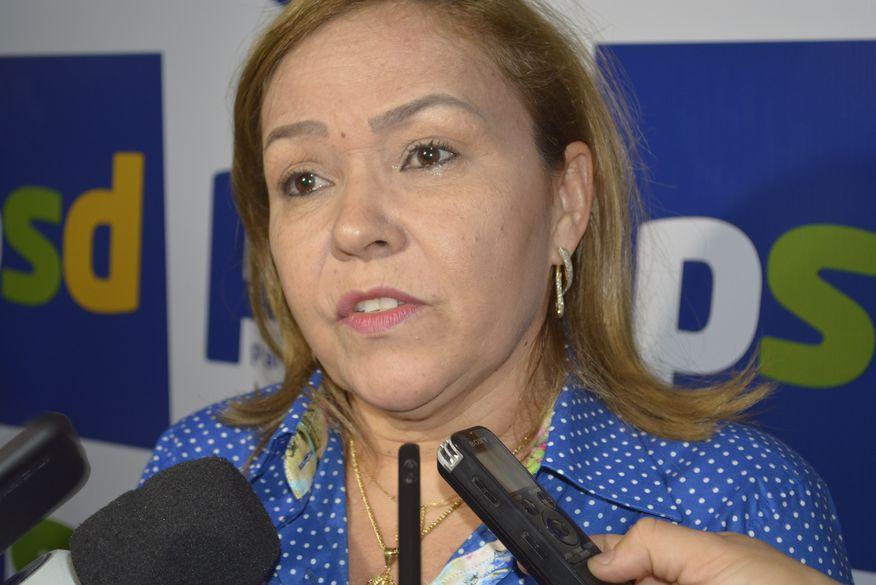 Eva Gouveia retira pré-candidatura à Câmara dos Deputados