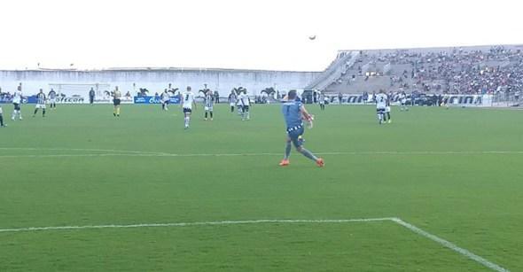No primeiro clássico de 2018, Botafogo-PB empata com o Treze no Almeidão