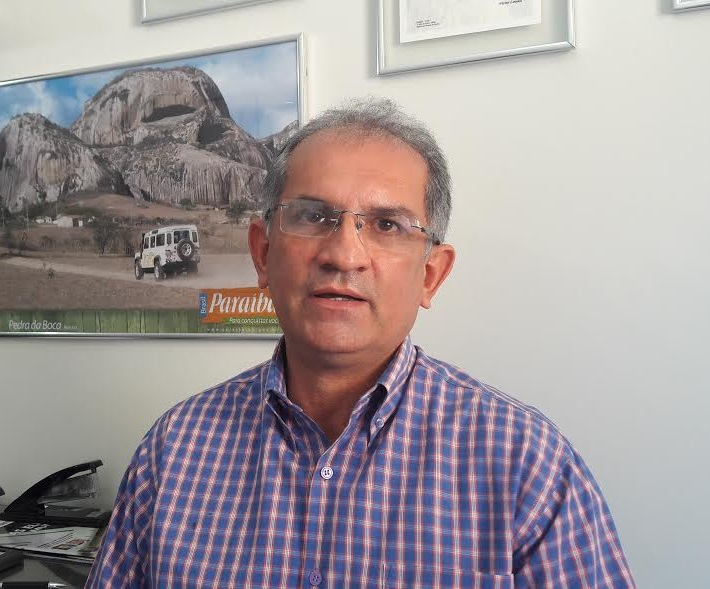 Prefeito de Araruna cobra celeridade na tramitação do PL que solicita da Câmara de Vereadores crédito especial para aquisição de 09 veículos