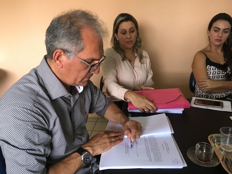 Prefeitura de Araruna assina termo de cooperação técnica para o INSS Digital